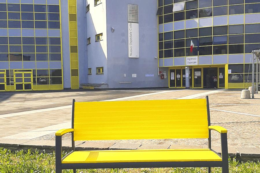 """8 marzo, una """"panchina gialla"""" dedicata alle donne"""